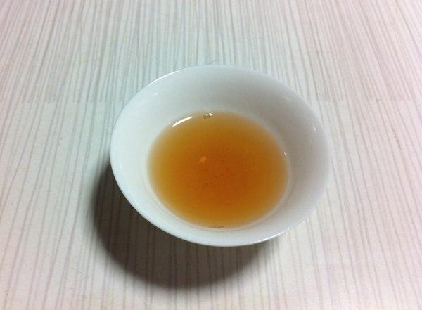 和紅茶の水色